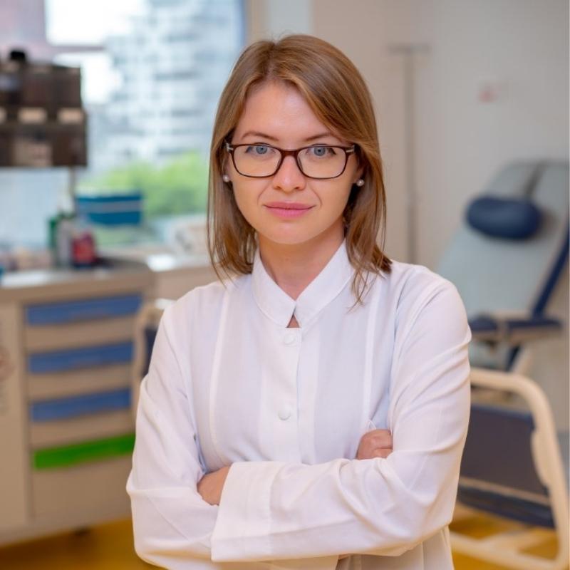 Dr. Cristina Beșelea