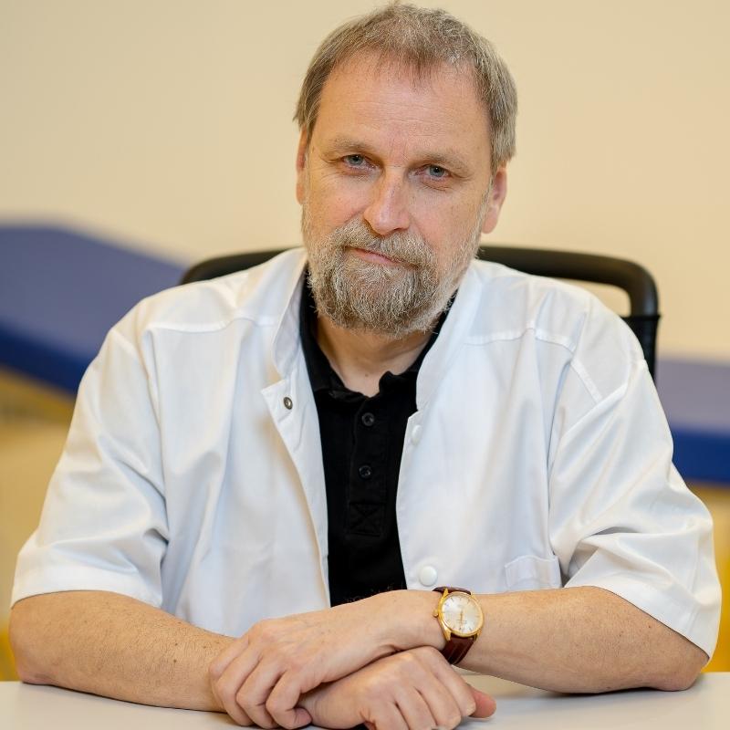 Dr. Cătălin Iacob