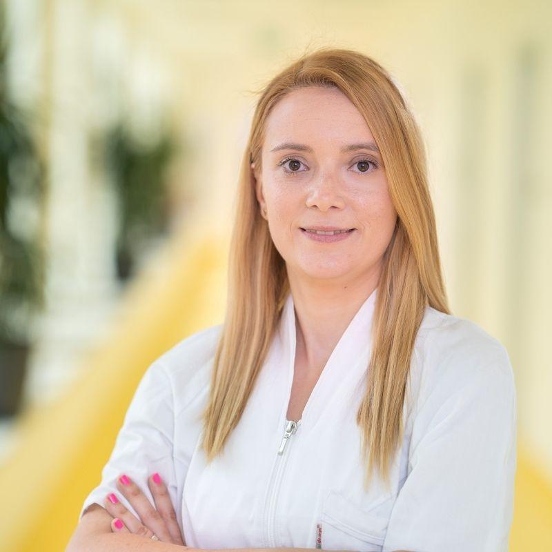 Dr. Ioana Stoica